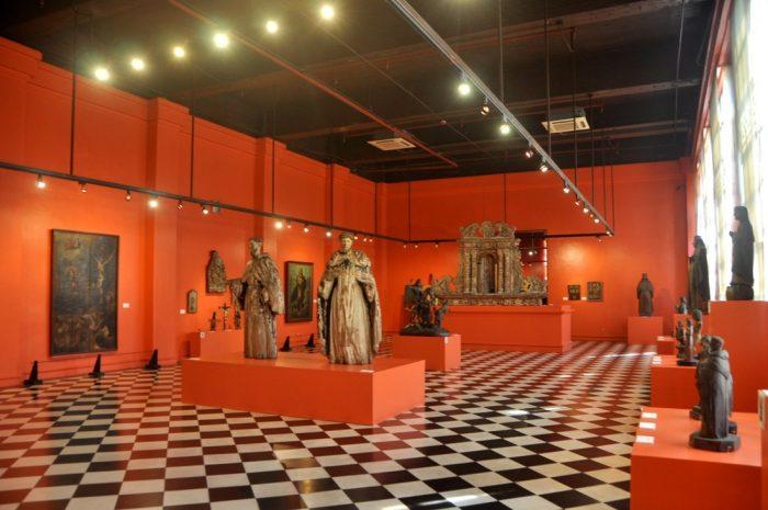 Экспонаты Национального музея Филиппин, Манила