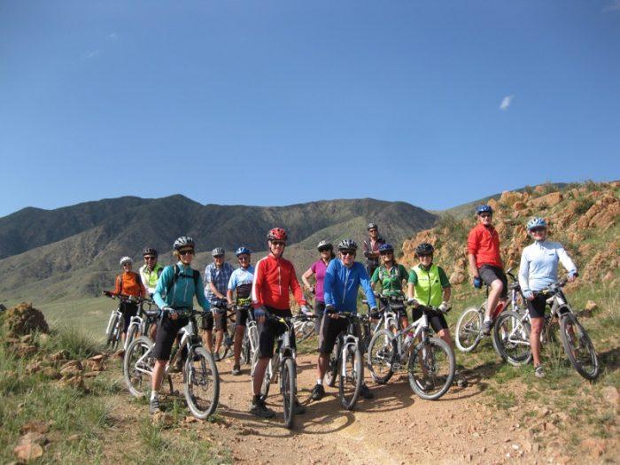 Велотуристы в Кыргызстане