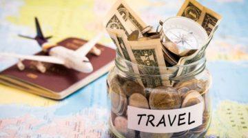 Какую валюту менять при поездке в Турцию: доллары или евро?