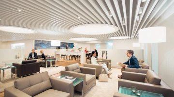 5 способов провести время перед вылетом в VIP-зале аэропорта и не платить за это