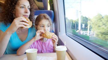 Какие продукты не стоит брать в поезд, чтобы не испортить путешествие
