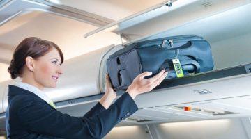 Советы от стюардессы: 8 вещей, которые нужно иметь в ручной клади