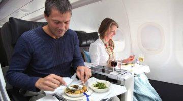 6 продуктов, которые не стоит брать в самолет